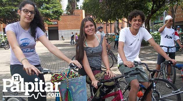 Homenaje_ciclista2_El_Palpitar