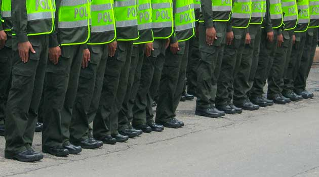 policia_asonada_herido