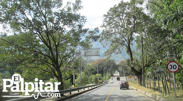 Vias_Antioquia4_El_Palpitar