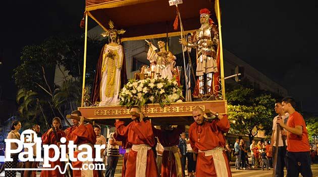Foto: DUBER CANO - Jueves Santo en la Parroquia Nuestra Señora de Belén de Medellín