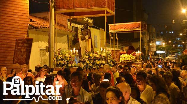 Foto: DUBER CANO - Procesión de prendimiento Nuestra Señora de Belen