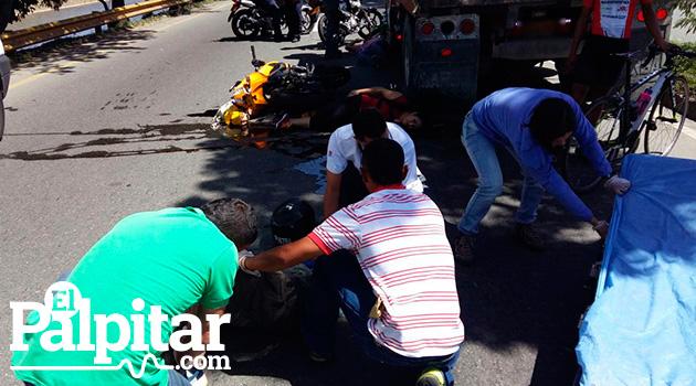 accidente_motos_volqueta_elpalpitar3