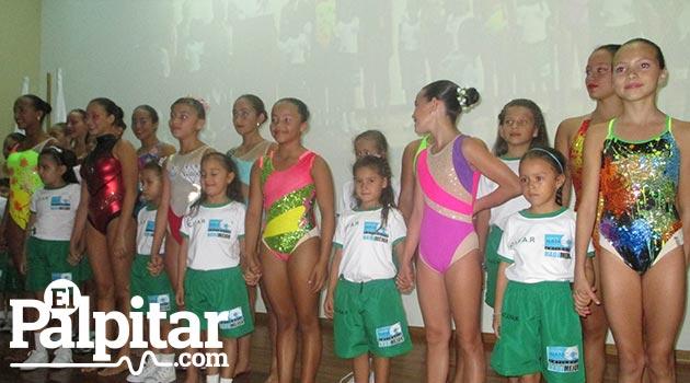 Lanzamiento-uniformes-liga-natación-2