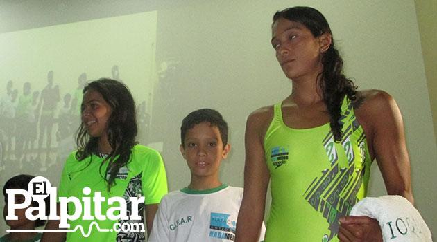 Lanzamiento-uniformes-liga-natación
