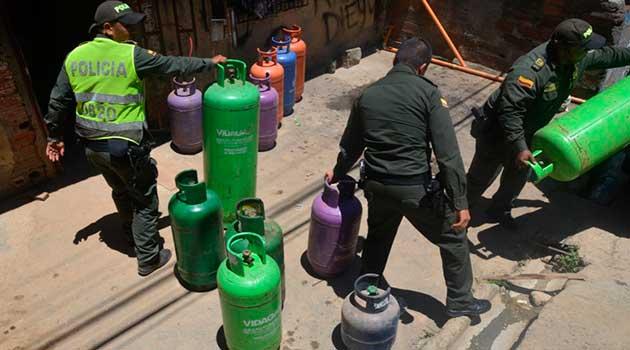 policia_pipetas_gas