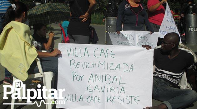 Desalojo-villa-cafe4