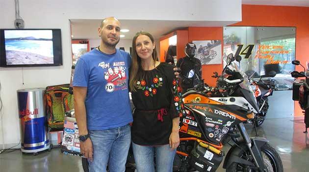 motociclista_ucraniana_medellin2