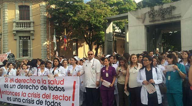 Planton-sector-salud1
