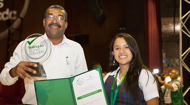 Premios_Educación_El_Palpitar