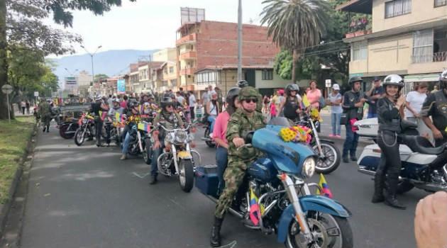 desfile_motos