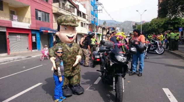 desfile_motos3