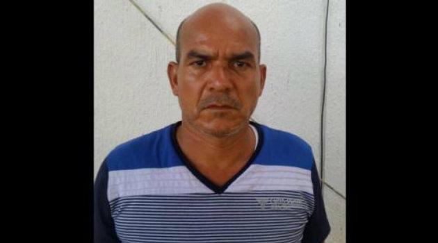 """Foto: Cortesía Policía Nacional. El llamado """"Monstruo de la Sierrita"""" en momento de su recaptura en Maicao."""