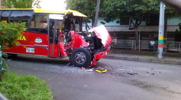 Accidente-bus-prado