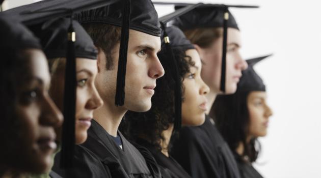 Educación_Estudiantes_Graduados