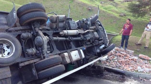 accidente_balsos_camion