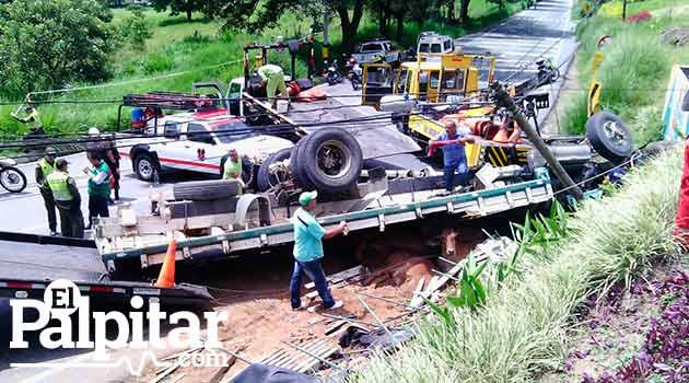 Accidente-camion-Hatillo-4