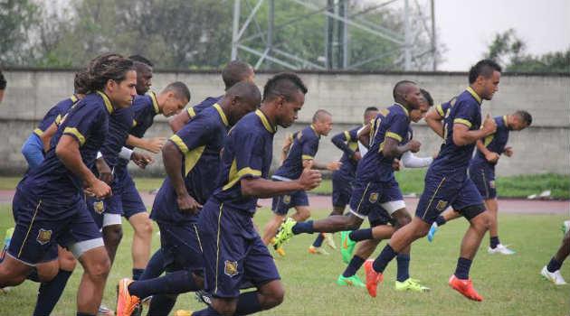 aguilas_doradas_entrenamiento