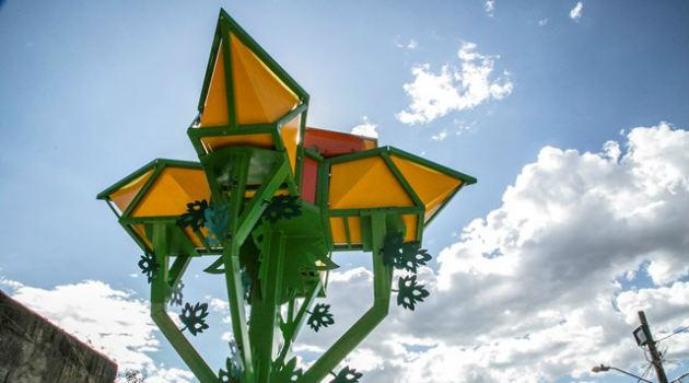 flor-captadora-panel-solar