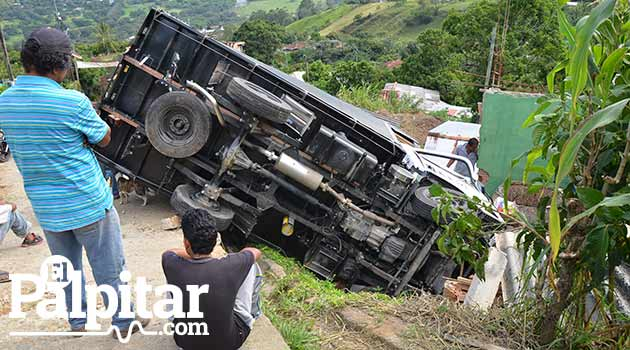 Accidente-camion-Barbosa1