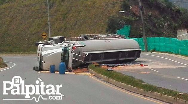 Camion-volcado-Caldas3