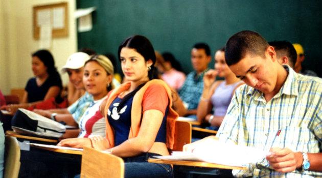 Estudiantes_Universidad