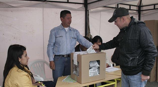 Jurados_Votacion1_El_Palpitar