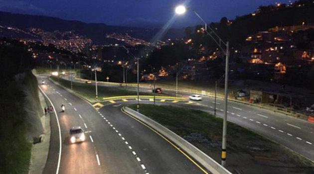 Vía_Occidente_Noche