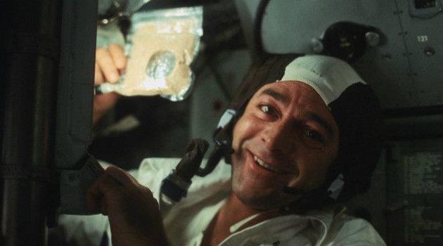 Ronald Evans, de la misión Apolo 17, sonriendo para la cámara. Foto:  CORTESÍA