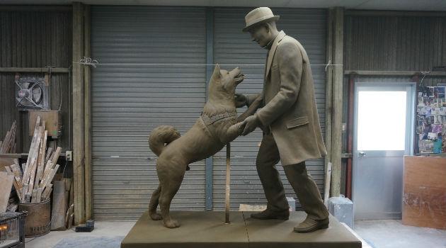 hachiko_perro_akita_escultura