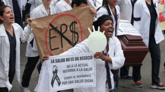 Crisis_Salud_Médicos