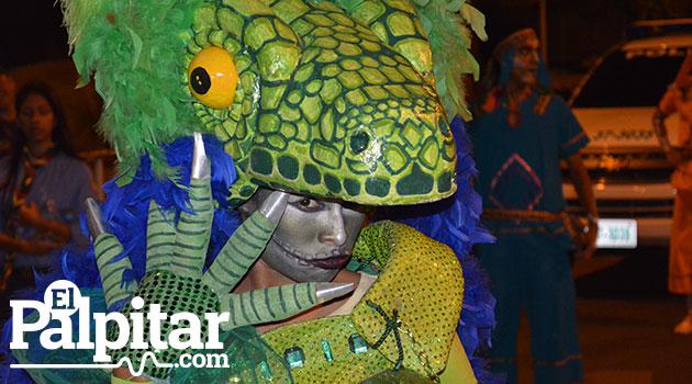 Desfile-de-mitos-y-leyendas-medellin-2015--12