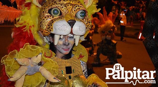 Desfile-de-mitos-y-leyendas-medellin-2015--14