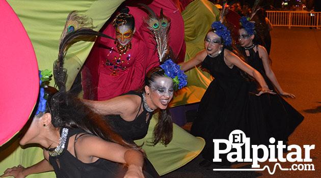 Desfile-de-mitos-y-leyendas-medellin-2015--18