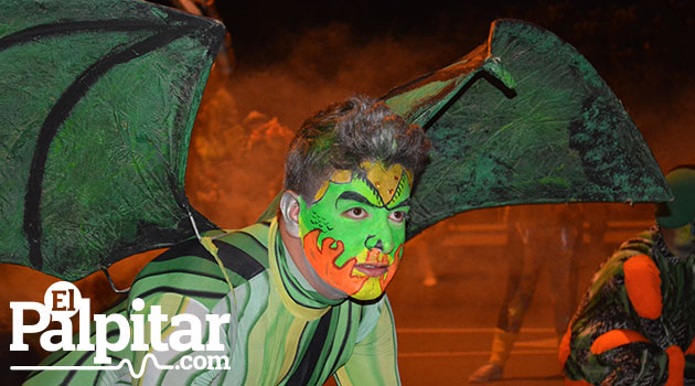 Desfile-de-mitos-y-leyendas-medellin-2015---9
