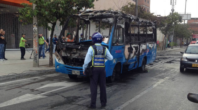 bus_incendio_tránsito