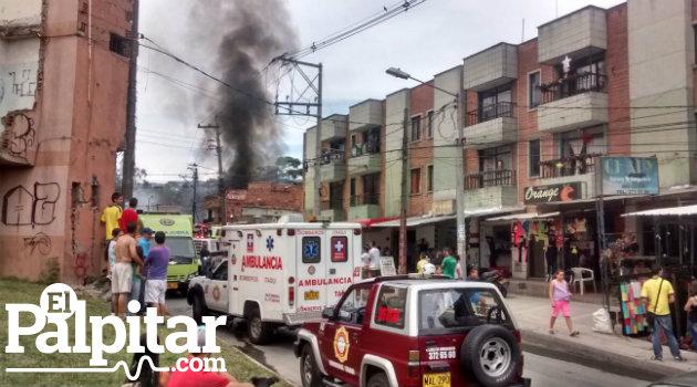 incendio_itagui_san gabriel_bomberos