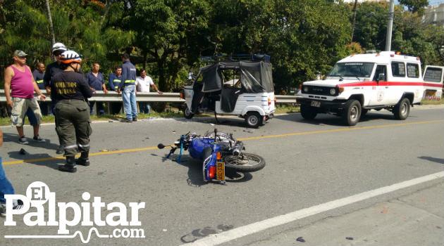 accidente_motocarro_moto_barbosa2