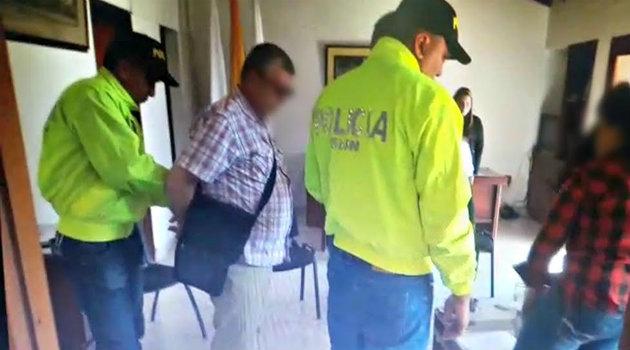 captura_embajada_policia