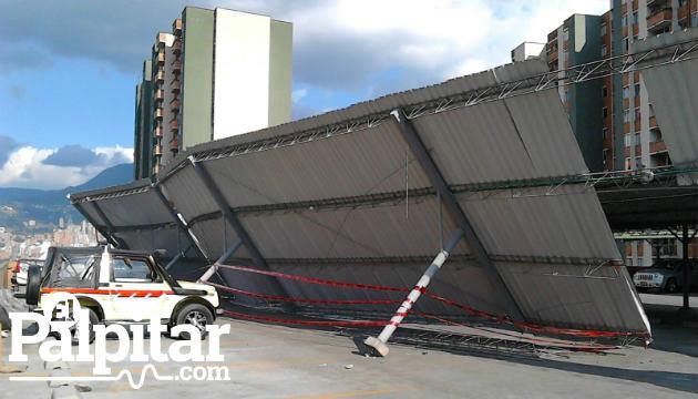 Colapso de techo en unidad residencial de itag tiene for Imagenes de techados