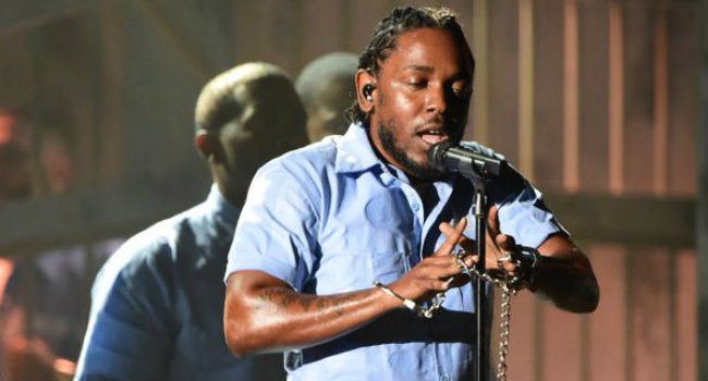 Kendrick Lamar impresionó con su performance, en donde interpretó The Blacker The Berry, Alright y el debut de una nueva canción. FOTO: CORTESÍA.