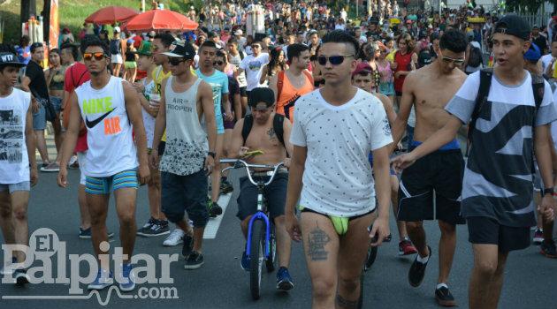 Medellín_sin pantalones_20