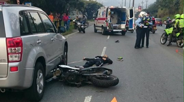 accidente_muerto_moto_itagui