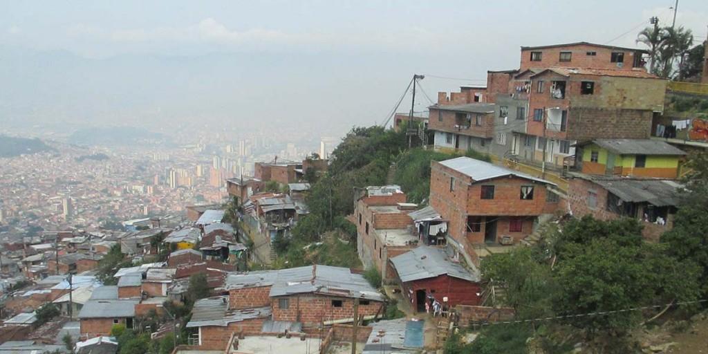 Legalizacion_Viviendas_Medellín_El_Palpitar