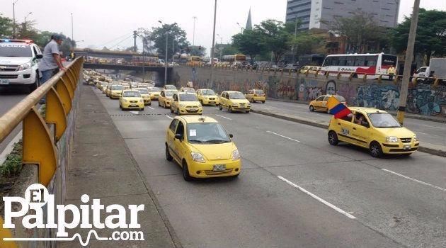 Taxis_Uber_Protestas_Medellín