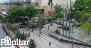 Envigado_Parque_Alcaldía