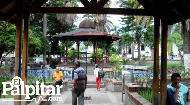 caldas_municipio_escudo_parque