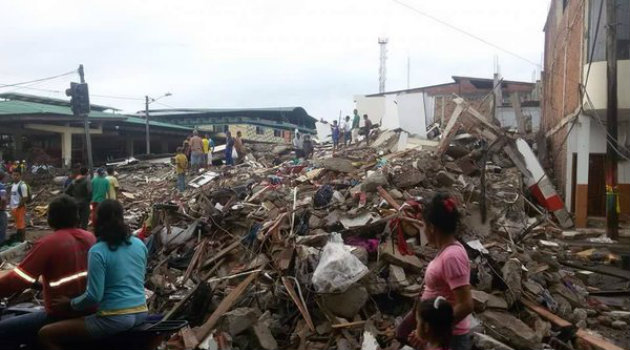 El terremoto causó grandes estragos en Manabí. Foto: CORTESÍA @bessygranjaOK