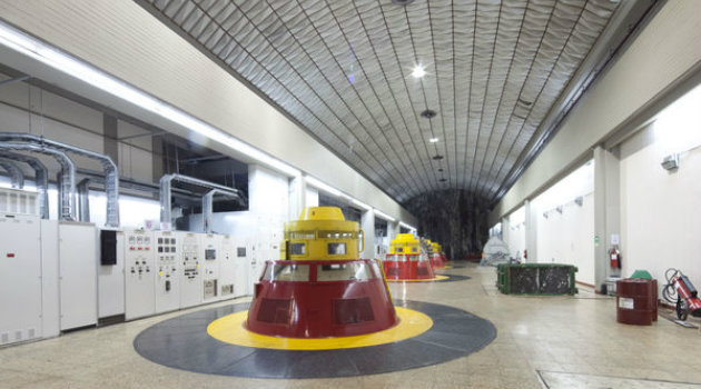 Central__Hidroeléctrica_Guatapé