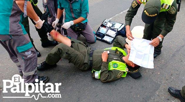 accidente_policia_herido_paramédicos2