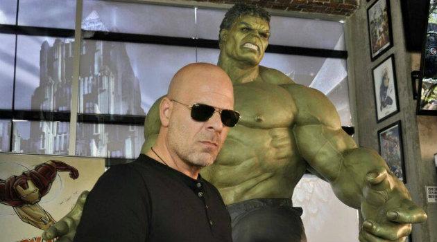 Bruce-Willis-Cortesía-Imitador